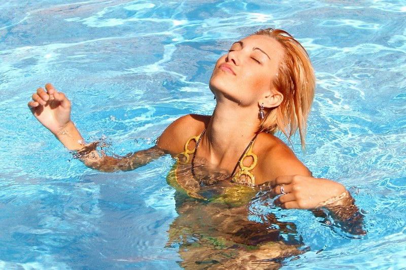 можно ли плавать в бассейне при цистите