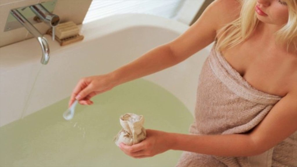 греться в ванной при цистите